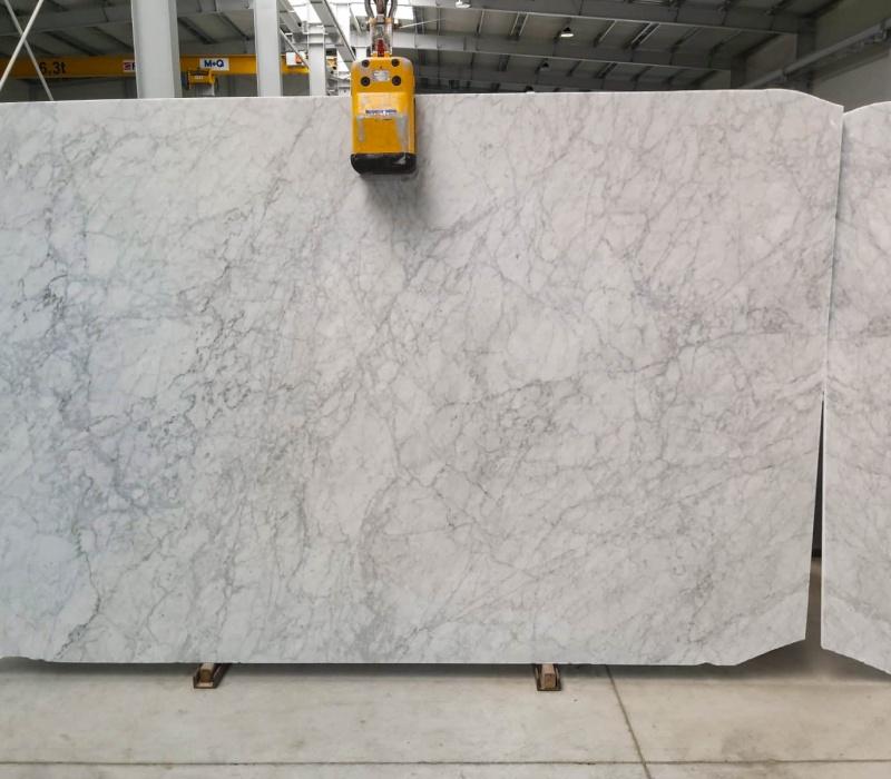 Bianco Carrara C 2 cm blok 3918 slab no. 31 (1)