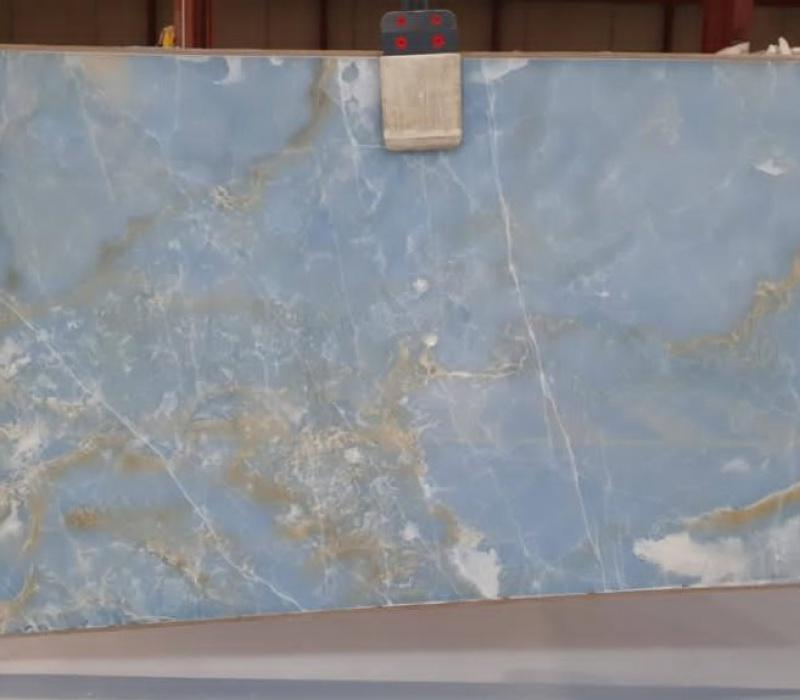 BL58442 ONIX GOLDEN BLUE POLISHED SLABS 2CM (2)